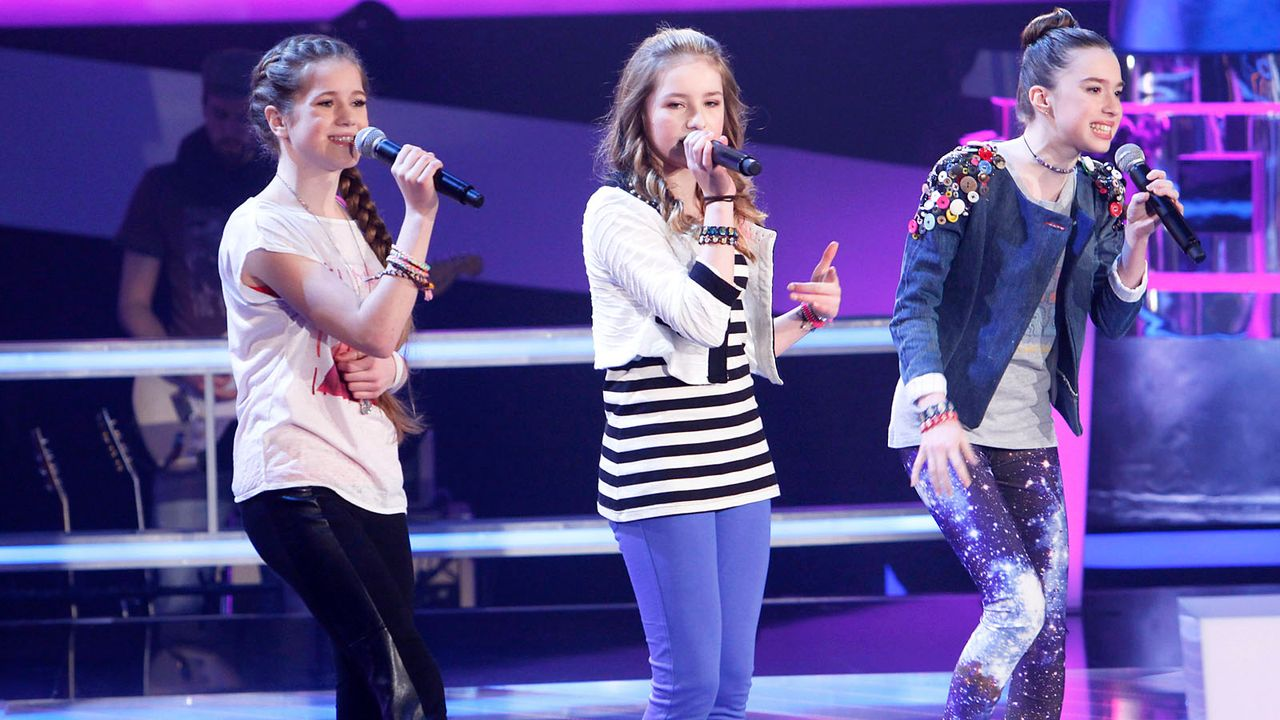 The-Voice-Kids-epi04-Rita-Sarah-Alexandra-44-SAT1-Richard-Huebner - Bildquelle: SAT.1/Richard Hübner