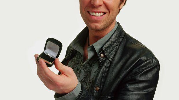Rick Meadows (J.R. Bourne) verspricht seiner Ex-Frau Jenny, sich zu ändern un...