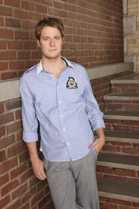 (6. Staffel) - Evan (Jake McDorman) ist der charismatische, zielstrebige Sohn einer wohlhabenden Familie und Mitglied der Verbindung Omega Chi, der... - Bildquelle: 2009 DISNEY ENTERPRISES, INC. All rights reserved. NO ARCHIVING. NO RESALE.