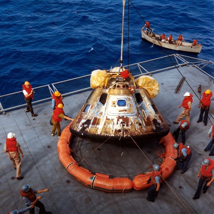 "Das Militärschiff ""USS Hornet"" könnte man beinahe als unkaputtbar bezeichnen, überstand es doch knapp 60 Luftangriffe größtenteils unversehrt.  Es d... - Bildquelle: Lou Reda Productions (USA)"