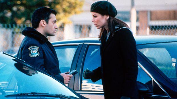 Lydia (Heather Paige Kent, r.) ist schockiert, als sie sieht wie Paul (Kevin...