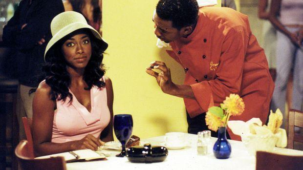 Restaurantkritikerin Carmen (Kenya Moore, l.) sorgt im 'Strand', dem Restaura...