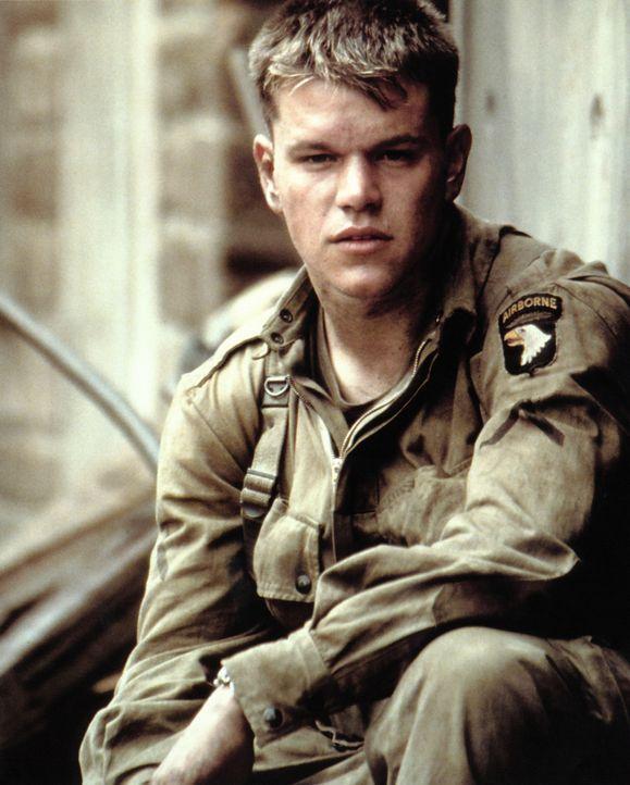 Der junge Fallschirmjäger Private James Ryan (Matt Damon) ist der einzige von vier Brüdern, der im Kampf gegen die Deutschen sein Leben noch nicht v... - Bildquelle: United International Pictures