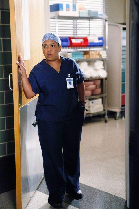 Unterstützt Derek der der Operation an Isaac: Bailey (Chandra Wilson) ... - Bildquelle: Touchstone Television