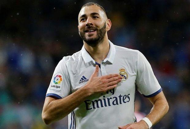 Benzema mit Last-Minute-Ausgleich in Sevilla