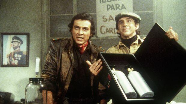 Die Exilrebellen El Lagarto (Richard Yniguez, l.) und Ramon (Pepe Serna, r.)...