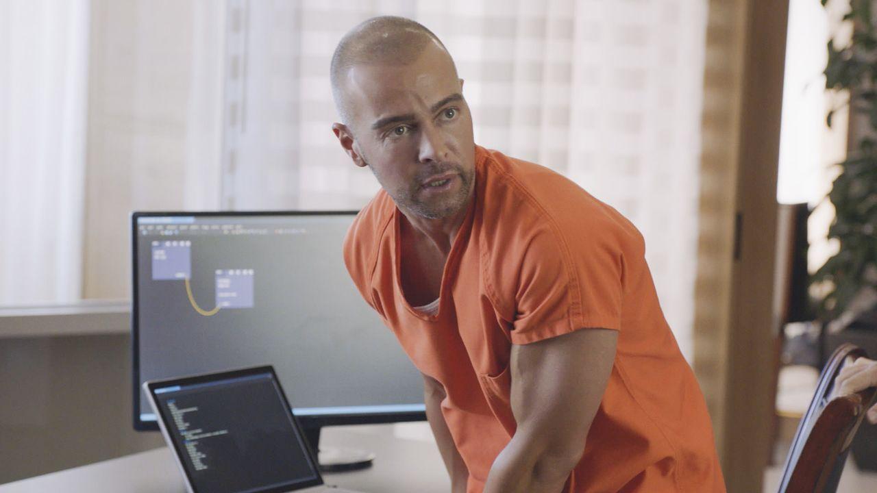 Nachdem eine Liste über die Informanten der Hawaii Five-0 nach einem Hackerangriff veröffentlicht wurde, wird einer der Informanten ermordet. Ist es... - Bildquelle: 2017 CBS Broadcasting, Inc. All Rights Reserved