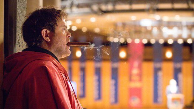 Wartet auf eine Eingebung: Backstrom (Rainn Wilson) ... © 2015 Fox and its re...