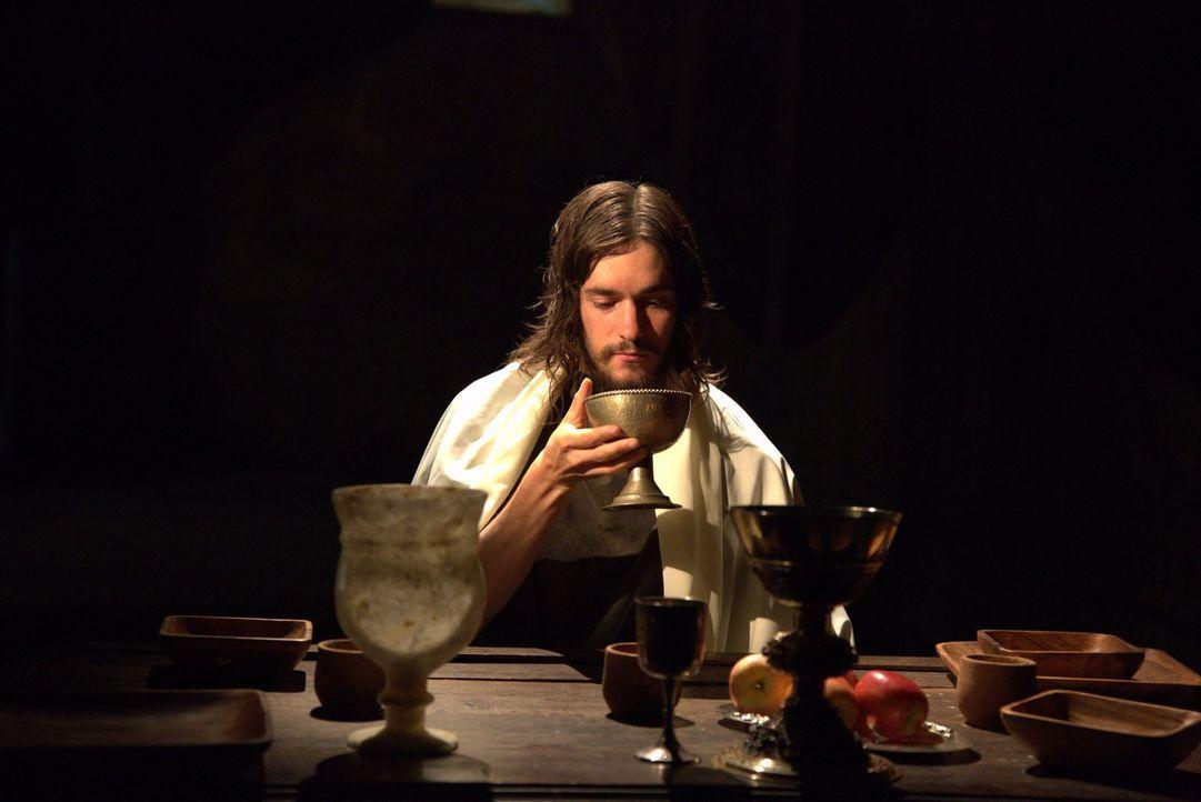 Der Heilige Gral ist eines der berühmtesten religiösen Relikte aller Zeiten. Unzählige Menschen haben die ganze Welt abgesucht, um den Becher zu fin... - Bildquelle: MMXIV WORLD MEDIA RIGHTS LIMITED
