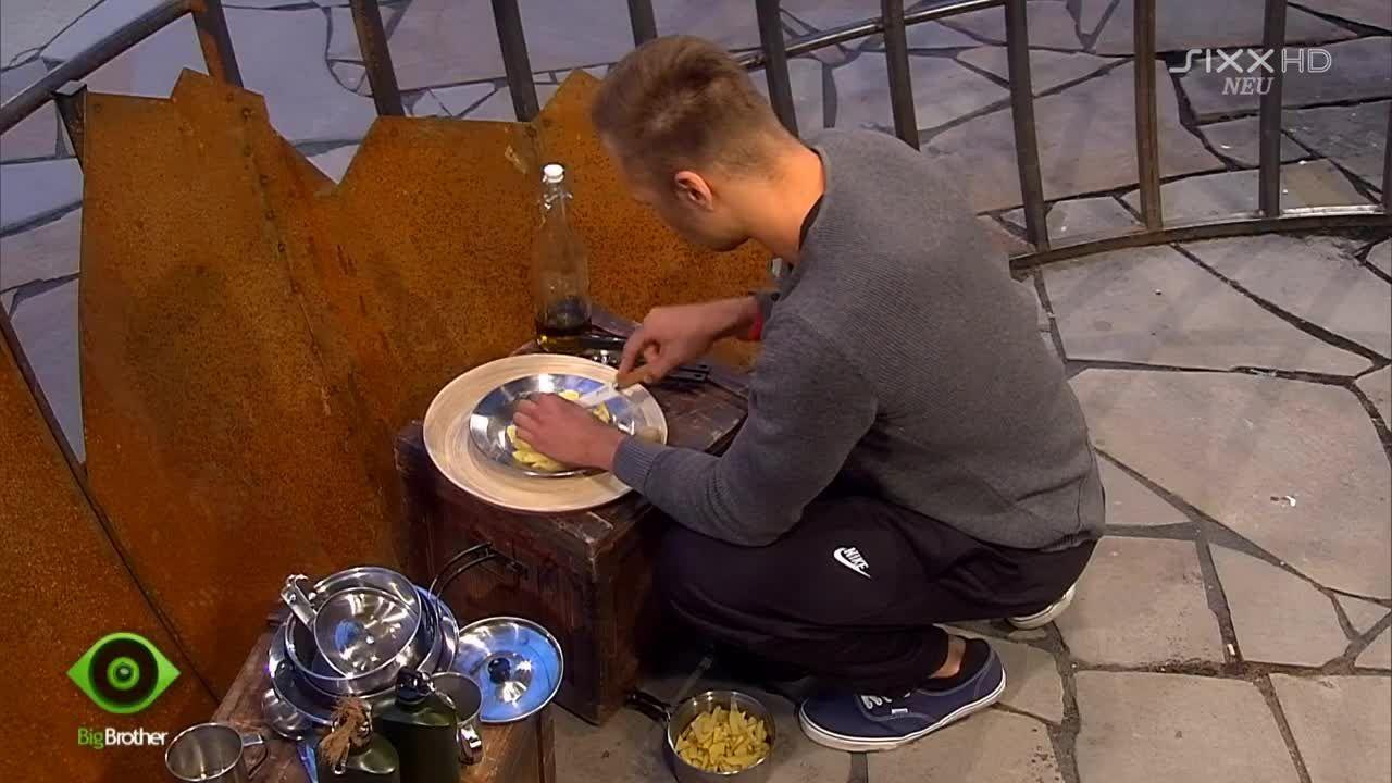 Christian kocht sein eigenes Süppchen - Bildquelle: sixx