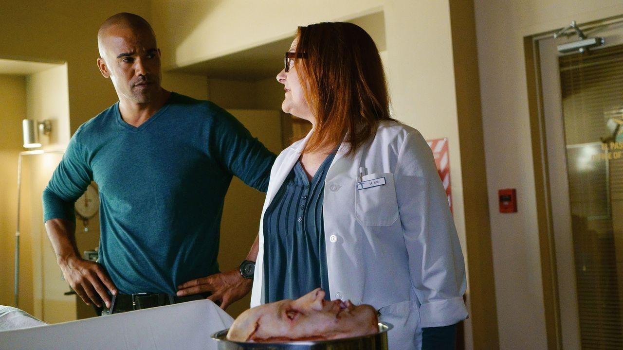 Morgan (Shemar Moore, l.) und seine Kollegen versuchen, einen Serienkiller zu fassen. Dr. Talia Rice (Lyn Mahler, r.) steht ihnen so gut sie kann zu... - Bildquelle: Monty Brinton ABC Studios
