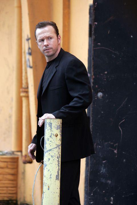 Ist hinter den Geldgebern des Gauner Chris Troiano her: FBI Ermittler Andy Burnett (Donnie Wahlberg) ... - Bildquelle: Sony 2007 CPT Holdings, Inc.  All Rights Reserved.
