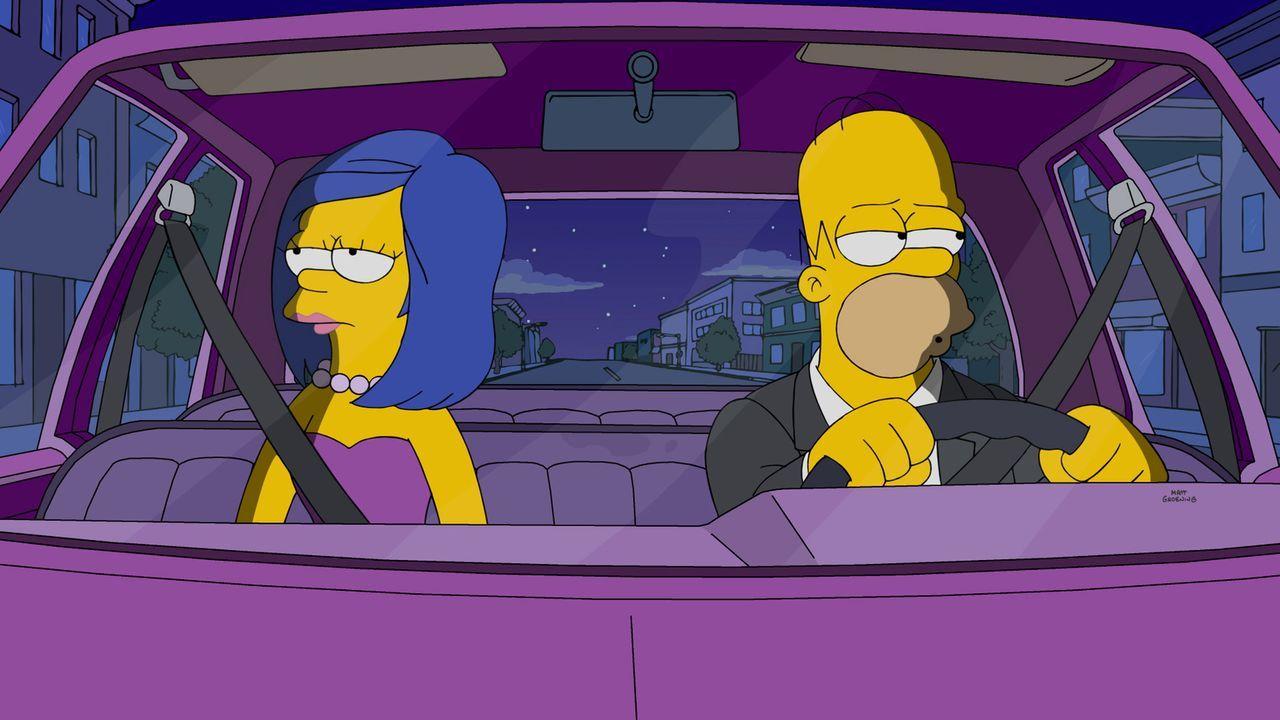 Wollen an ihrer Ehe arbeiten, doch der Funke scheint nicht überzuspringen: Homer (r.) und Marge (l.) ... - Bildquelle: 2016-2017 Fox and its related entities. All rights reserved.