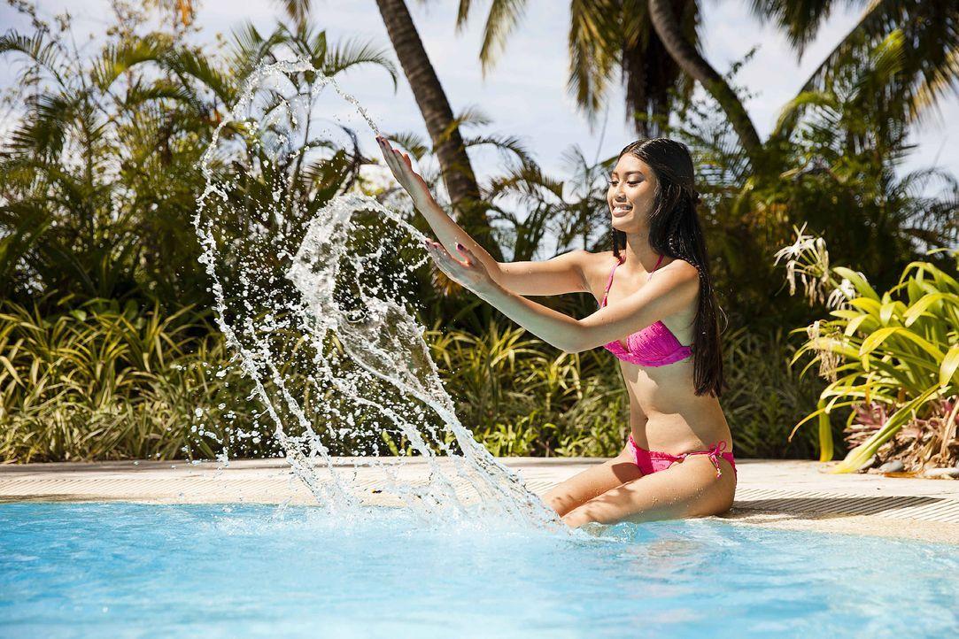 GNTM-Stf10-Epi13-Bikini-Shooting-Malediven-86-Anuthida-ProSieben-Boris-Breuer - Bildquelle: ProSieben/Boris Breuer