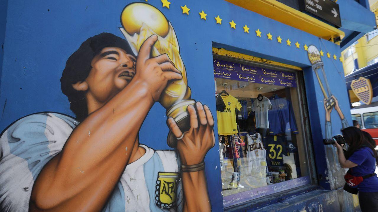 Maradona ist Bocas Vereinsikone - Bildquelle: Imago