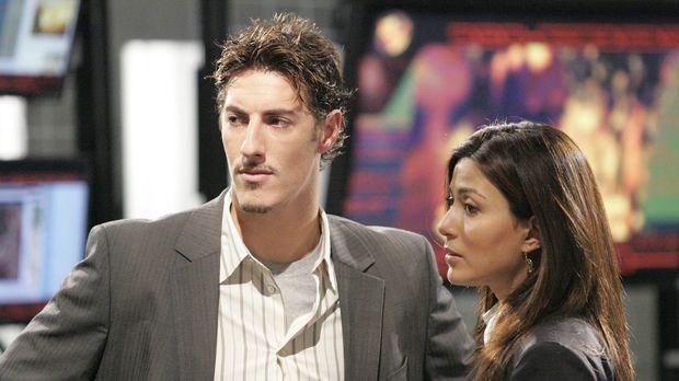 Als die CTU-Mitarbeiter Milo Pressman (Eric Balfour, l.) and Nadia Yassir (Ma...