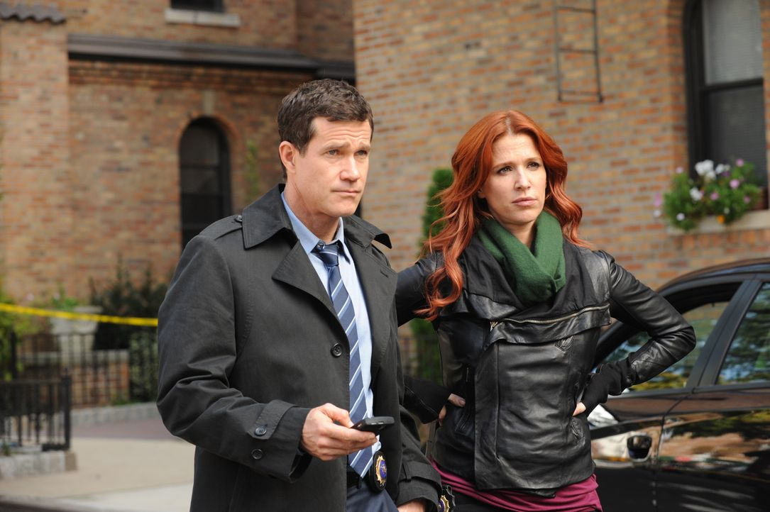 Der Mord an Mary Hanson, einer jungen Pflichtverteidigerin, beschäftigt Carrie (Poppy Montgomery, r.) und Al (Dylan Walsh, l.) ... - Bildquelle: 2011 CBS Broadcasting Inc. All Rights Reserved.