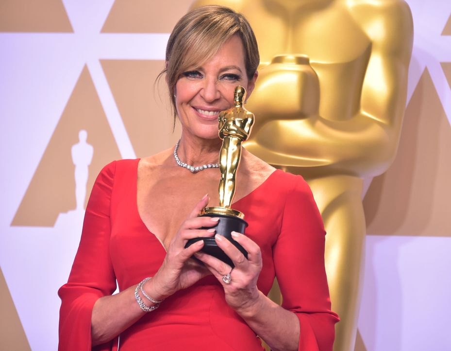 Allison-Janney-AFP - Bildquelle: AFP PHOTO / FREDERIC J. BROWN