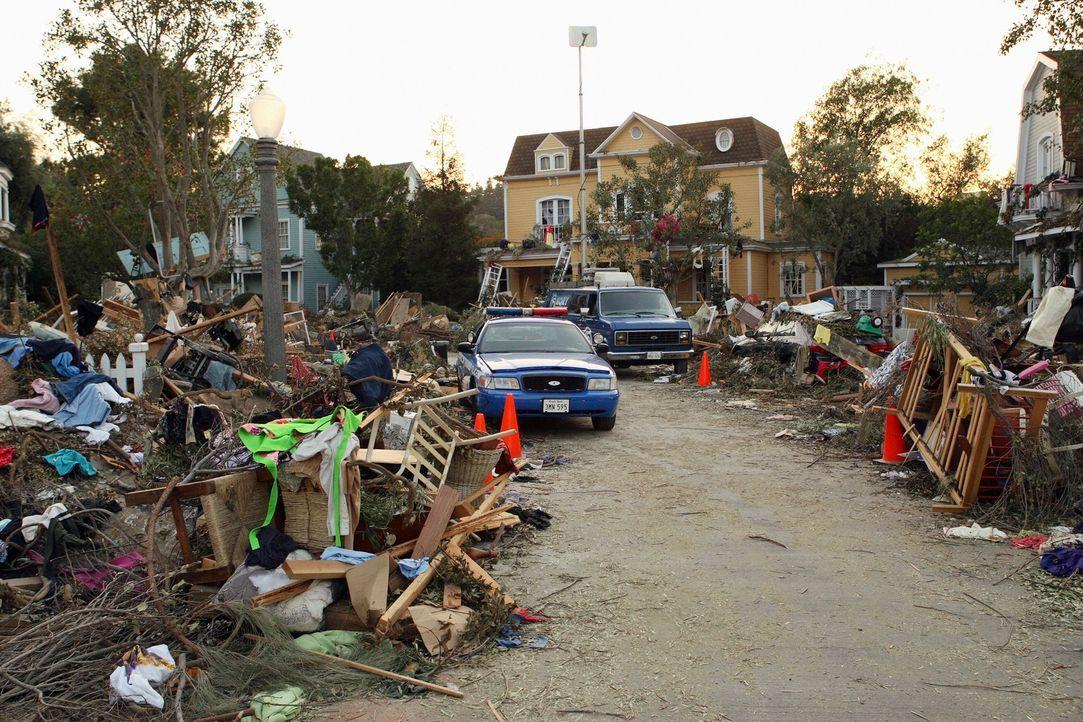 Der Tornado hat in der Wisteria Lane großen Schaden angerichtet ... - Bildquelle: ABC Studios