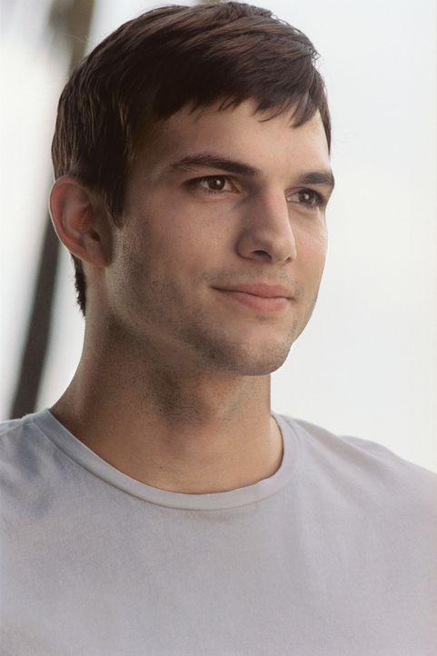 Während eines Fluges nach New York wird der wohlerzogene Student Oliver (Ashton Kutcher) auf dem Kabinenklo von der hübschen Emily vernascht. Nach... - Bildquelle: Ben Glass & Demmie Todd Touchstone Pictures. All rights reserved
