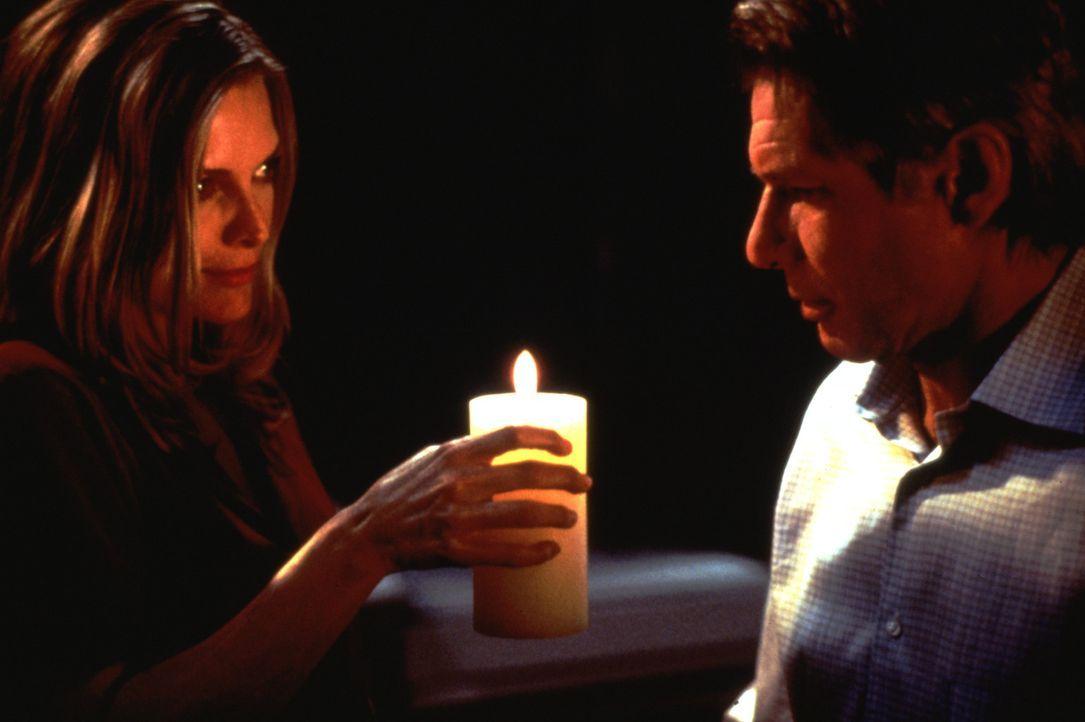 Die Ehe von Norman (Harrison Ford, r.) und Claire (Michelle Pfeiffer, l.) verläuft glücklich - allerdings kämpft Claire seelisch noch mit den Fol... - Bildquelle: 20th Century Fox