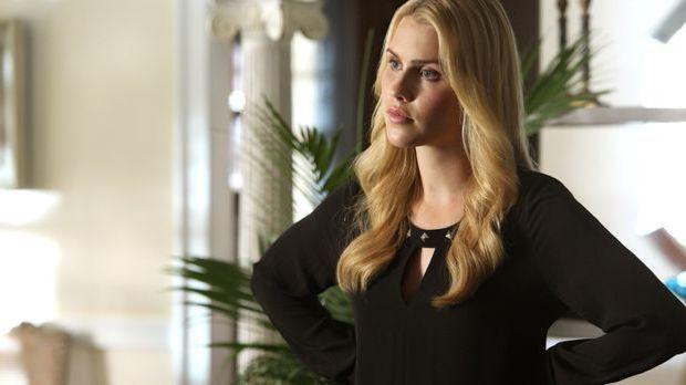 Claire Holt als Rebekah