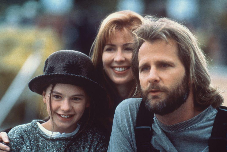 Nach dem Tod ihrer Mutter zieht die kleine Amy (Anna Paquin, l.) zu ihrem eigenbrötlerischen Vater Thomas (Jeff Daniels, r.) und dessen Lebensgefä... - Bildquelle: Columbia Pictures