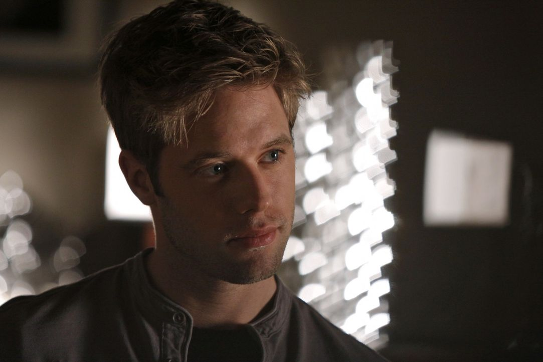 Hat David (Shaun Sipos) Jane in der Hand? - Bildquelle: 2009 The CW Network, LLC. All rights reserved.