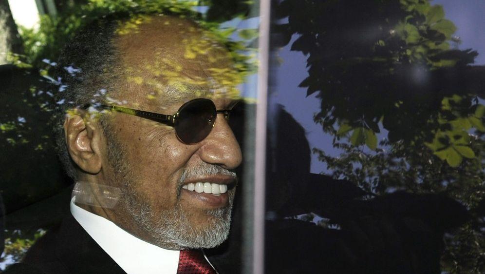 Bin Hammam gilt als Strippenzieher im Korruptionsskandal - Bildquelle: AFPSIDFABRICE COFFRINI
