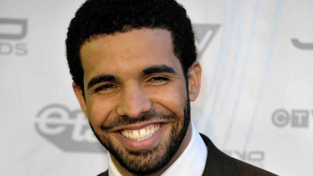 Biografie: Drake 1024 x 576 - Bildquelle: dpa 23789840