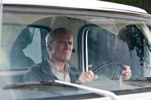 Gran Torino - Walt Kowalski (Clint Eastwood) ist ein resoluter Korea-Veteran...