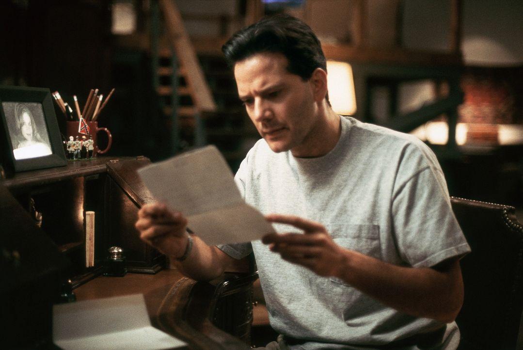 Ein romantischer Liebesbrief mit Folgen: Scotty (Campbell Scott) ... - Bildquelle: Hallmark Entertainment