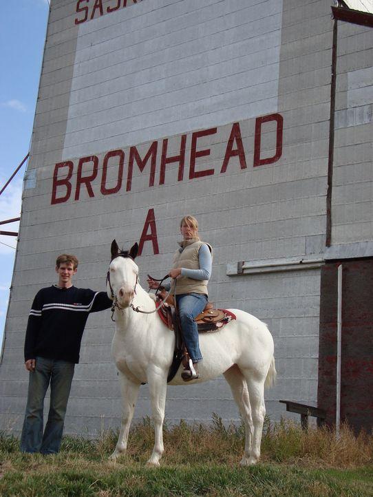 Ina und Michi  Mayr sind im Juni dieses Jahres nach Kanada ausgewandert. Das Paar wollte sich seinen Traum von der eigenen Pferde-Ranch erfüllen. Do... - Bildquelle: kabel eins