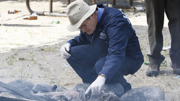 Special Agent Lara Macy wird tot aufgefunden. Ducky (David McCallum) und sein...