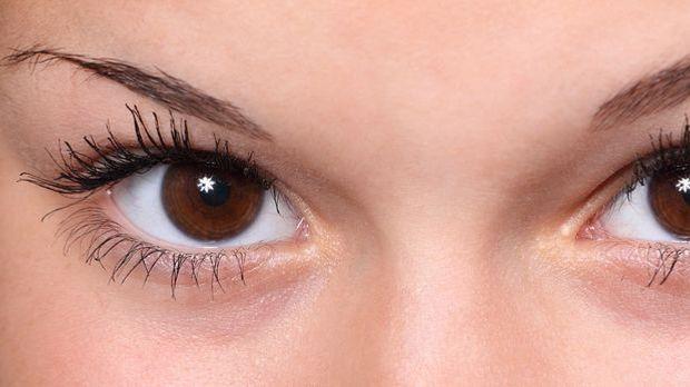 Lingam Massage Augen