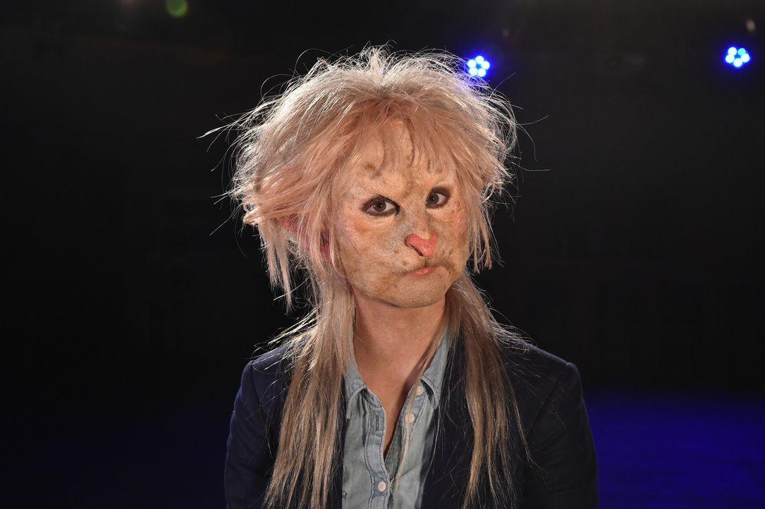 Die Ratte Sophia hat so ihre Eigenheiten ... - Bildquelle: Andre Kowalski Sixx