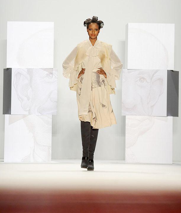 fashion-week-berlin-12-01-21-sara-nuru-dpajpg 1611 x 1900 - Bildquelle: dpa
