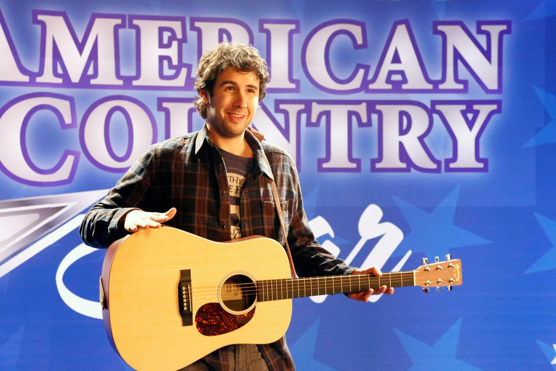 Um den Auftrag für einen Werbespot an Land zu ziehen, verspricht Zach zwei Produzentinnen, dass Country-Star Brad Paisley ihren Jingle singen wird.... - Bildquelle: 2014 Twentieth Century Fox Film Corporation. All rights reserved.
