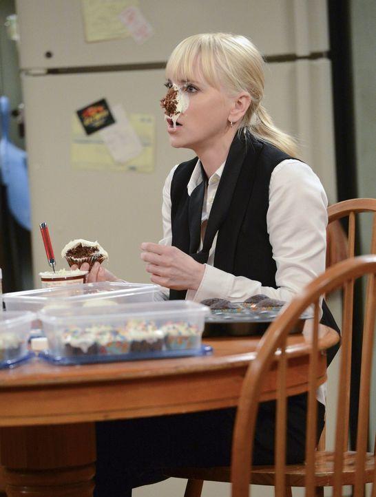 Christy (Anna Faris) kann es nicht fassen: Ihre Mutter hat sie mit einem Cupcake abgestraft ... - Bildquelle: Warner Brothers Entertainment Inc.