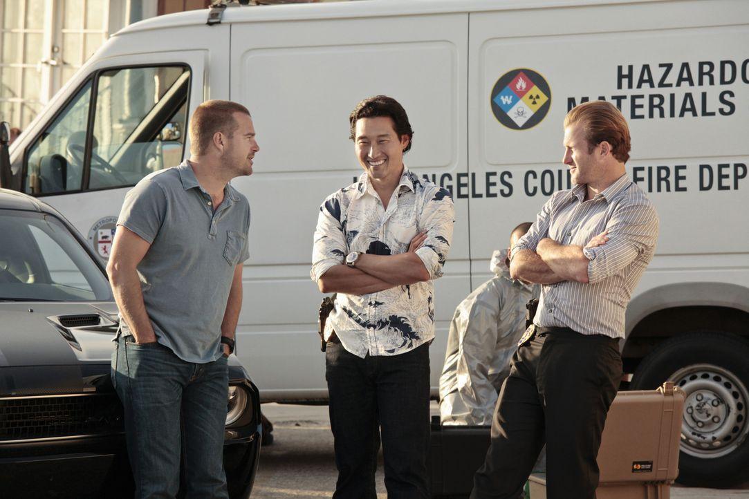 Müssen zusammenarbeiten: Callen (Chris O'Donnell, l.), Chin (Daniel Dae Kim, M.) und Danny (Scott Caan, r.) ... - Bildquelle: CBS Studios Inc. All Rights Reserved.