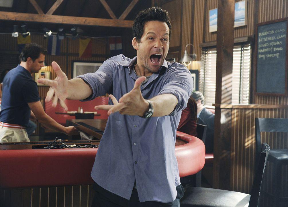 Was ist mit Grayson (Josh Hopkins) nur los? - Bildquelle: 2010 ABC INC.