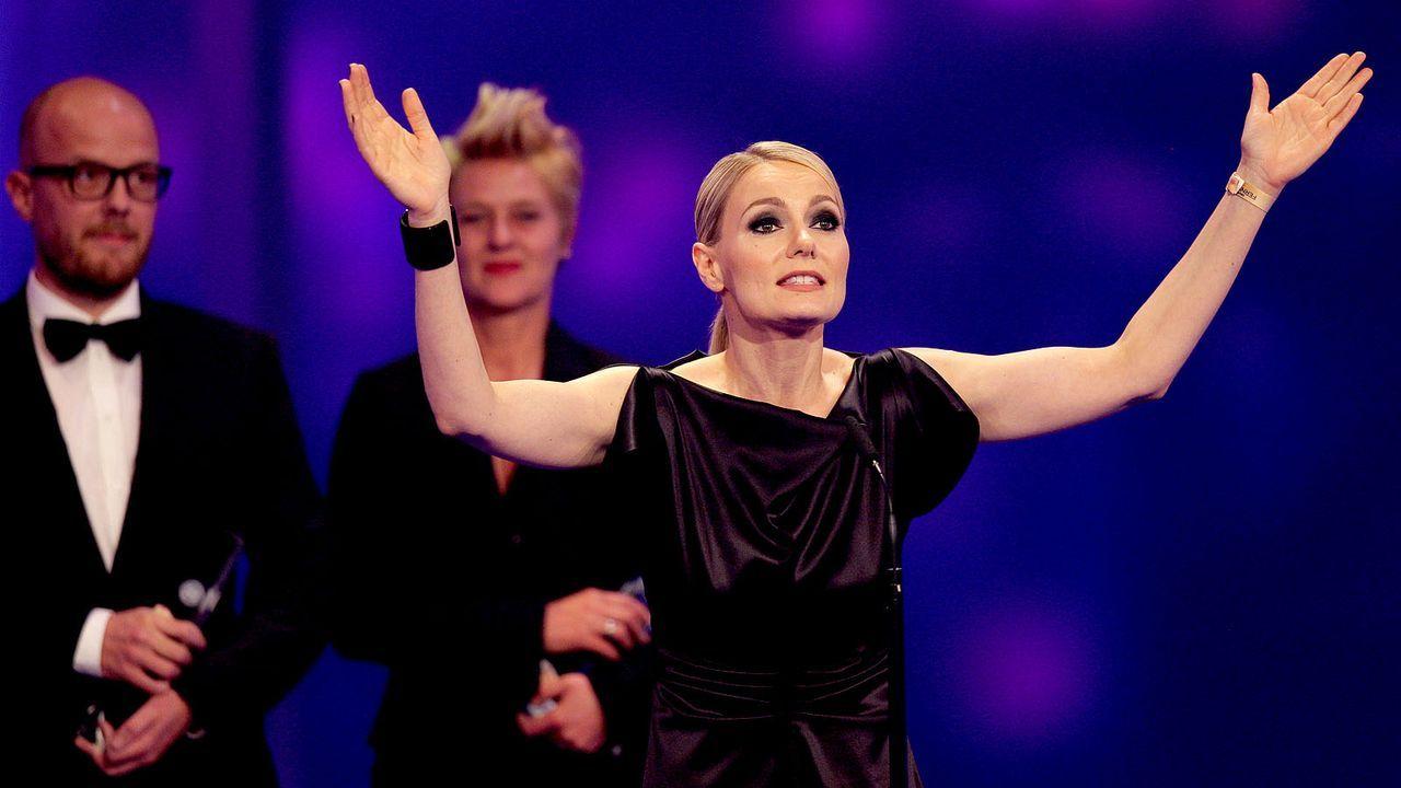 Deutscher-Fernsehpreis-121002-16-martina-hill-dpa.jpg - Bildquelle: dpa