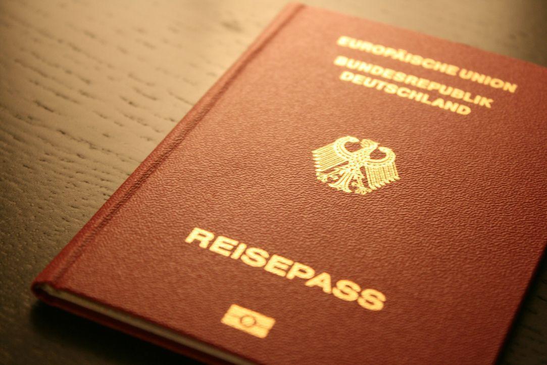 passport-249420_1920