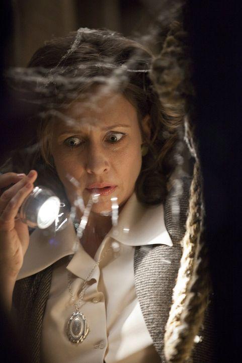 Will den Ursachen des Spuks auf den Grund gehen: Lorraine Warren (Vera Farmiga), ein für die Wahrnehmung von Übersinnlichem empfängliches Medium ...... - Bildquelle: Warner Brothers