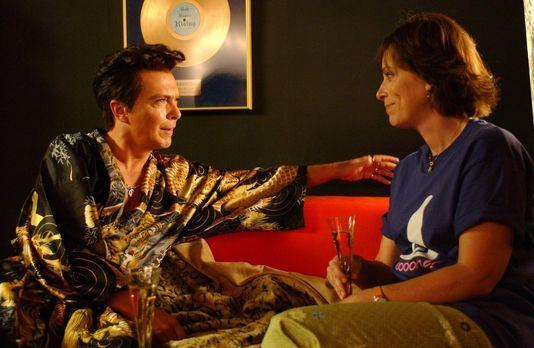Malcolm mittendrin - Ein Glückstag für Lois (Jane Kaczmarek, r.): Sie darf na...