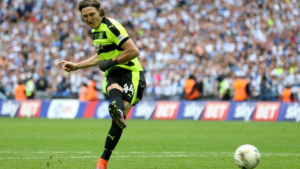 Michael Hefele wechselt von Huddersfield nach Nottingham - Bildquelle: PIXATHLONPIXATHLONSID