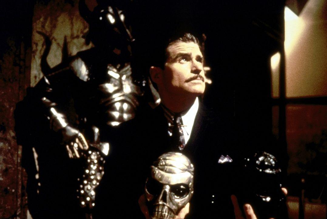 Nicht nur der Oberschurke Xander Drax (Treat Williams) ist auf der Jagd nach den sagenumwobenen drei Totenköpfen, die unendliche Macht verheißen ... - Bildquelle: Paramount Pictures