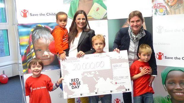 Funda Vanroy - Save The Children