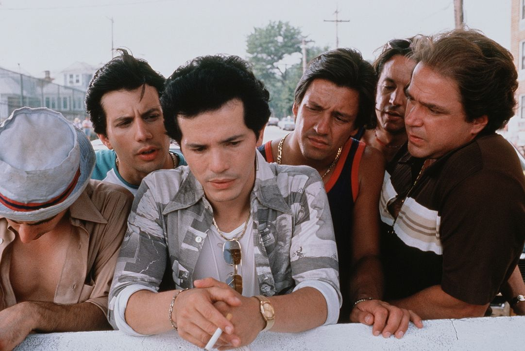 Sommer 1977. New York leidet unter einer Hitzewelle und wird von einem Serienkiller terrorisiert, den die Zeitungen Son of Sam taufen. Da werden die... - Bildquelle: Buena Vista International