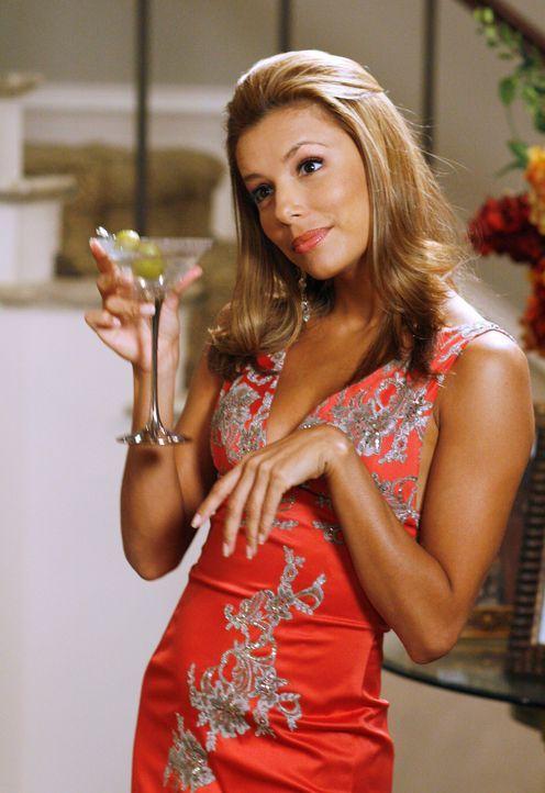 Carlos und Gabrielle (Eva Longoria) verhalten wich weiterhin wie mürrische Kinder und versuchen sich gegenseitig zu verletzen ... - Bildquelle: 2005 Touchstone Television  All Rights Reserved